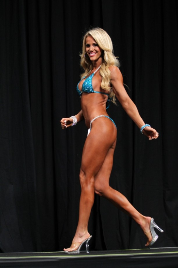 Tawna Eubanks - 2013 Bikini International. View Gallery (43)
