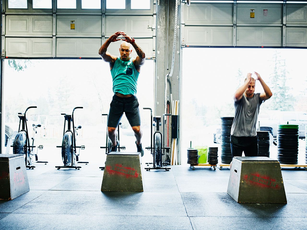 Best quick-hit EMOM workouts for a total-body burn
