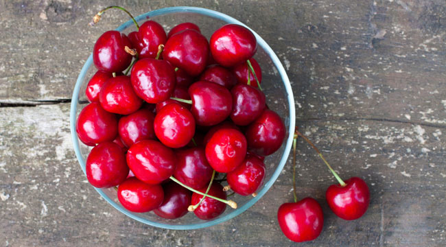 10 Summer Superfoods to Help You Muscle-Up