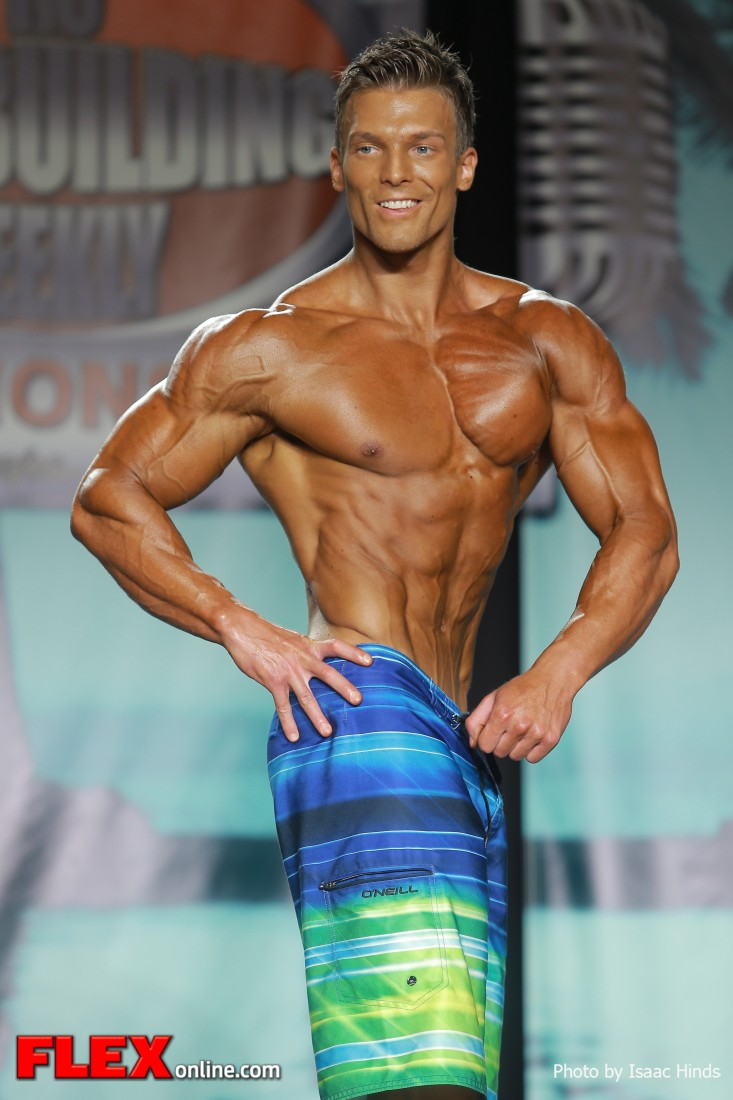 Robin Balogh -2013 Tampa Pro - Physique   Muscle & Fitness