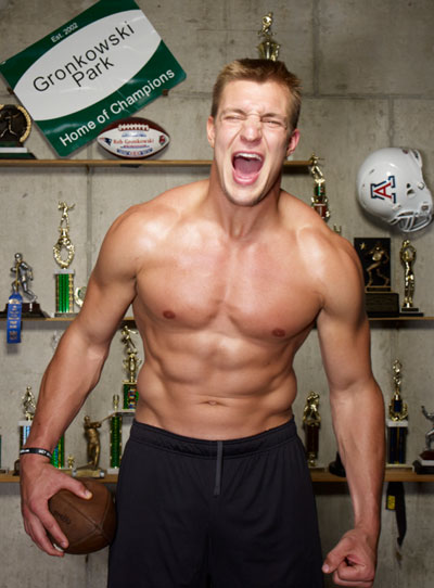 Gronk D Getting Personal With The Gronkowskis Muscle