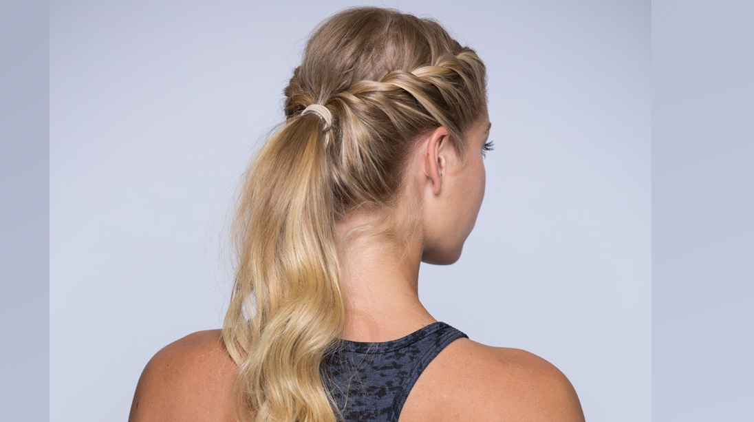 4 Pretty and Easy Gym Hairstyles  a01df94225d