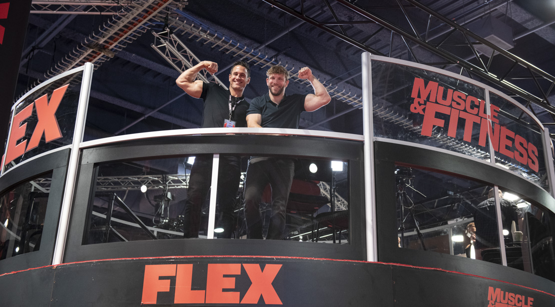 Stars Visit the Muscle & Fitness Booth