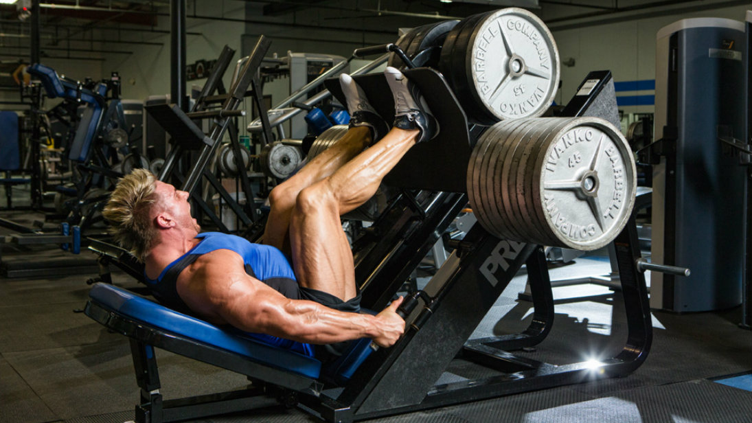 pro wrestler Rob Terry leg press