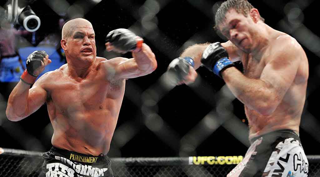 Tito Ortiz Is Returning to MMA to Fight Former WWE Superstar Alberto