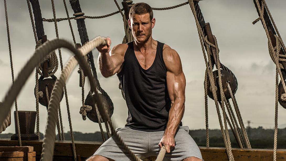 Pirate Program Keeps Black Sails Cast Fit   Muscle & Fitness
