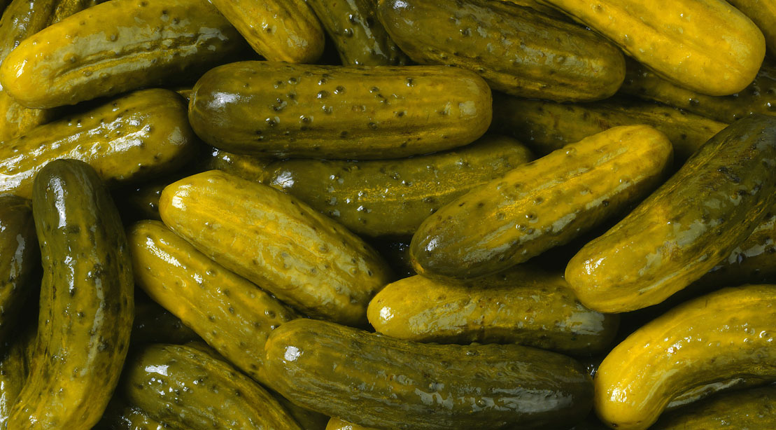 6 Reasons to Add Pickle Juice to Your Diet