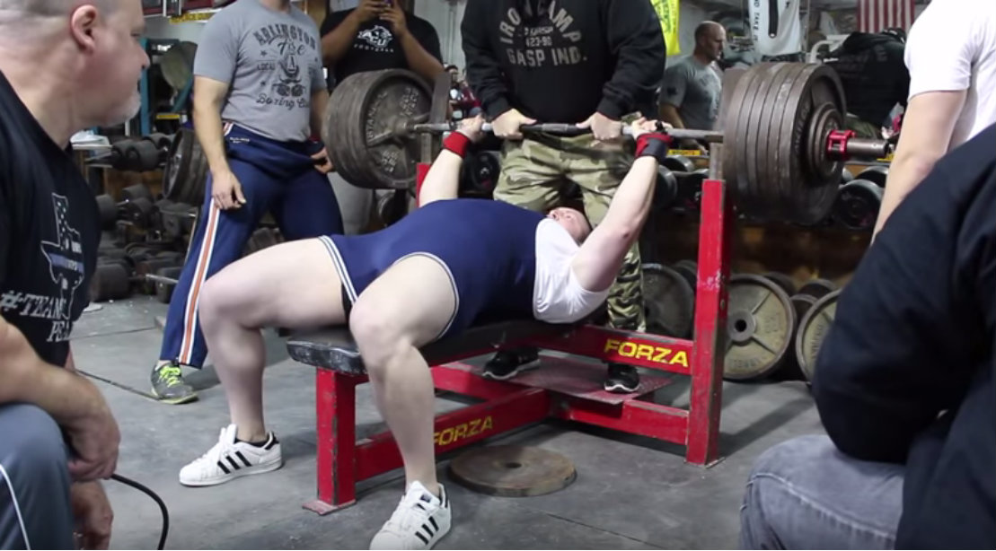 Youngest Man to Bench Press 600 lbs Raw and How He Did It