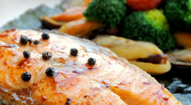 salmon-broccoli dish