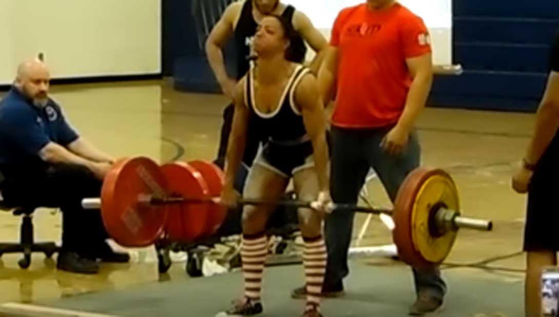 Meet the Woman Who Set a 460 6-Pound World Record Deadlift