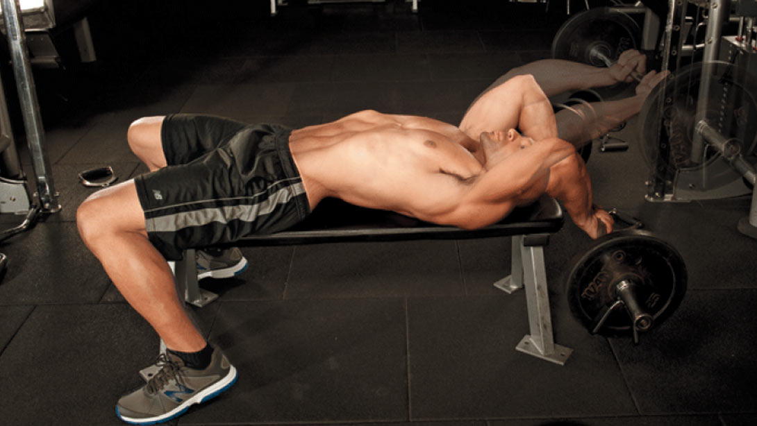 Build Your Upper Arms With the Lying Triceps Extension
