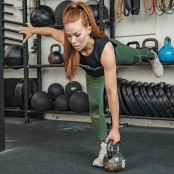 Alternating Single-Leg Deadlift thumbnail