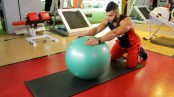 College Muscle Swiss Ball Rollout thumbnail