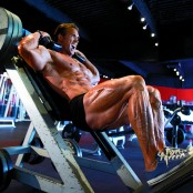 Mike O' Hearn Doing A Hack Squat thumbnail