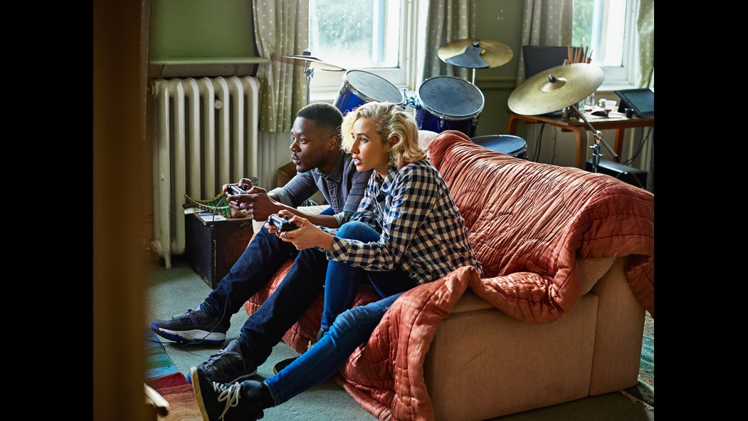 Couple Playing Video Games thumbnail