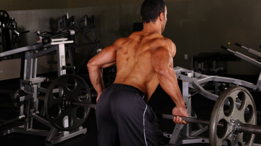 7 Best Barbell Moves for Building a Big Back thumbnail