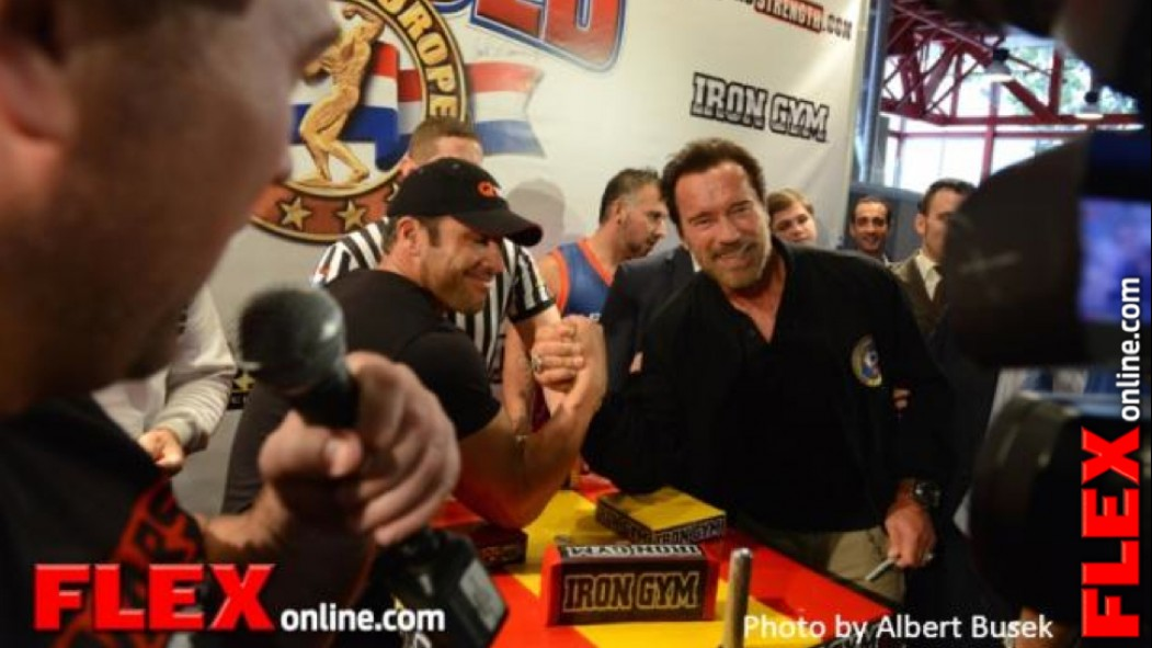 Candid Pics with Arnold Schwarzenegger at the Arnold Spain thumbnail