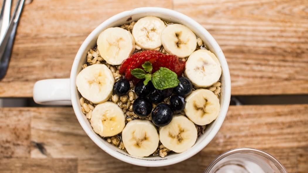 Blueberry Banana Oatmeal thumbnail