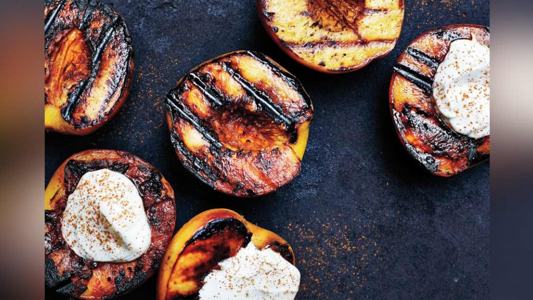 Grilled Peaches With Greek Yogurt thumbnail