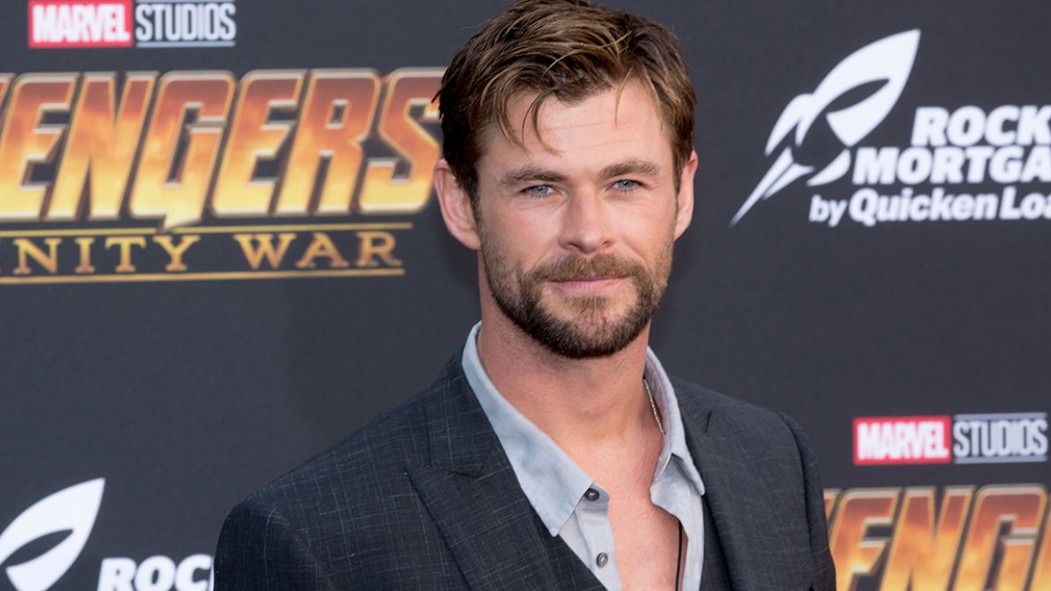 Chris Hemsworth Shares First Look at the New 'Men in Black' With Tessa Thompson thumbnail
