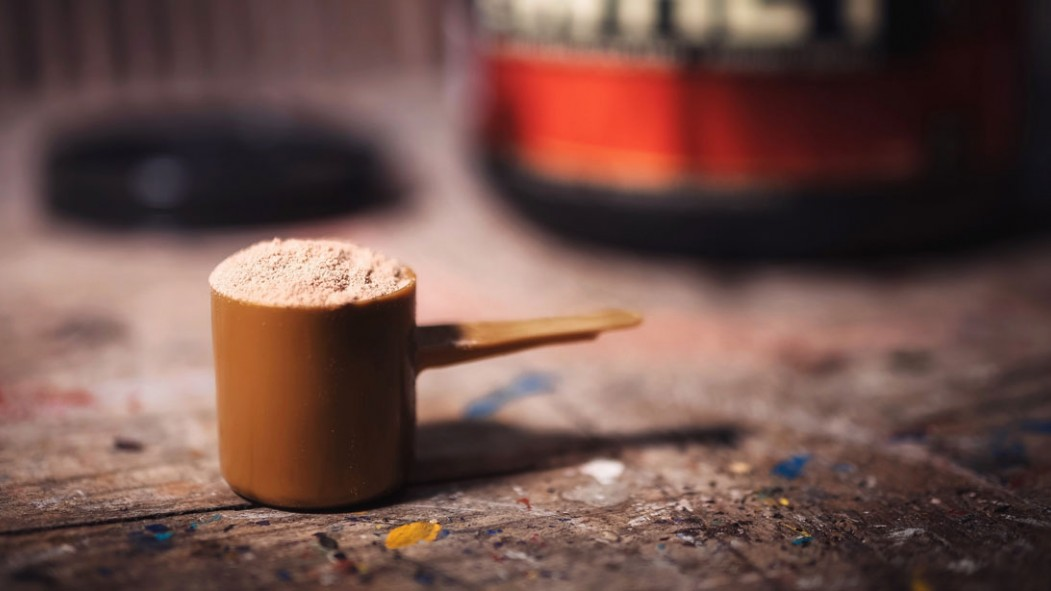 Scoop of whey protein powder thumbnail