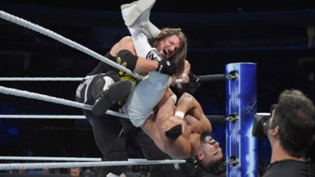 'Smackdown' Recap: Styles vs. Almas thumbnail