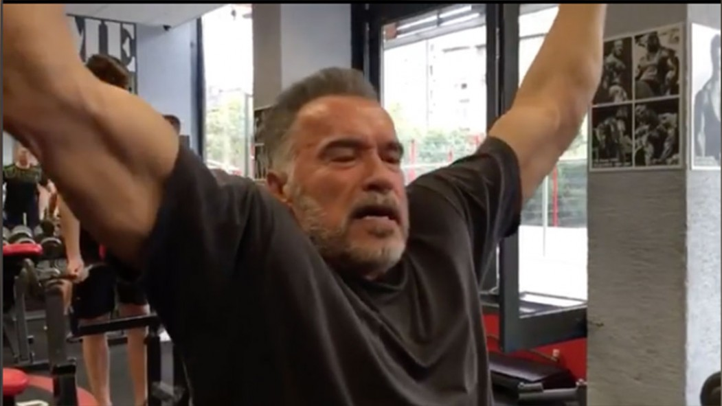 """Arnold Schwarzenegger Pumps Some Iron and Tells LeBron James to Make the Lakers """"Great Again""""  thumbnail"""