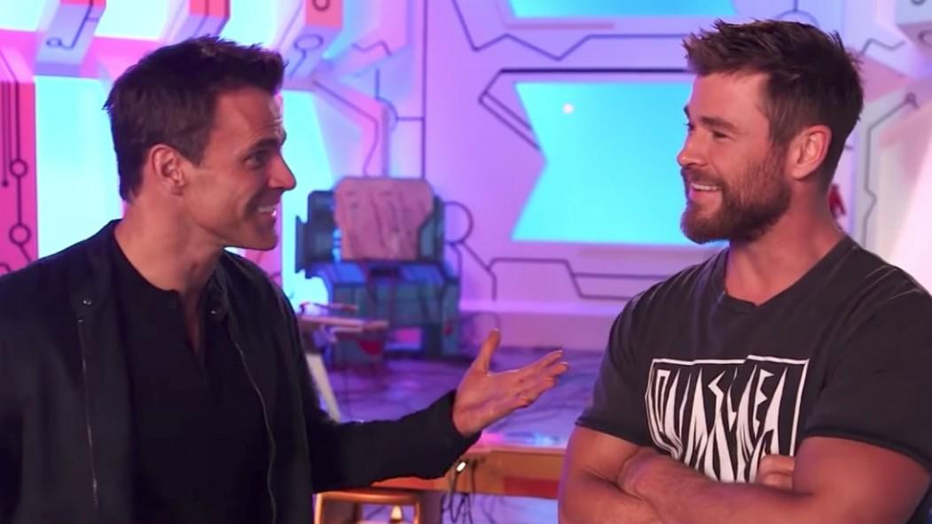 MIRA: Nuevo video de BTS de 'Thor: Ragnarok' y descubre por qué Chris Hemsworth le da crédito a Brother por el papel de Landing God of Thunder miniatura