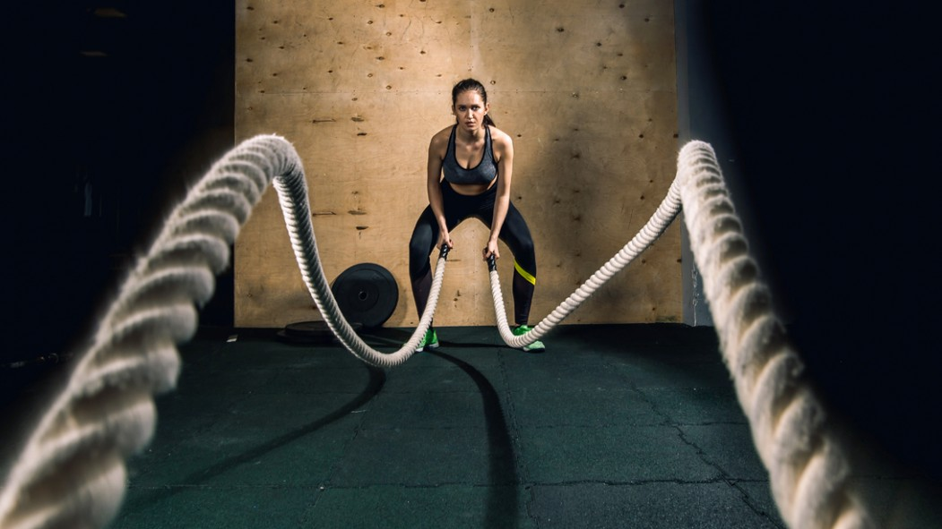 Female-Doing-Battle-Ropes-at-End-of-Ropes thumbnail