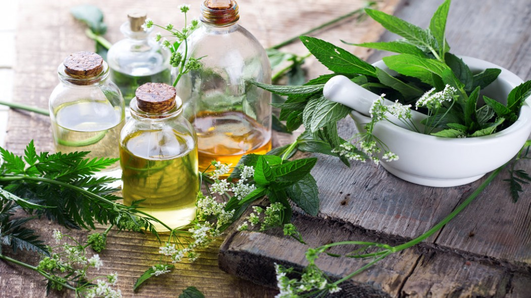 Herbal Medicines Shouldn't be Recommended for Weight Loss, New Study Says thumbnail