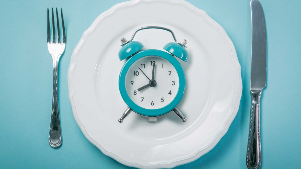 Intermittent Fasting Could Reduce Belly Fat, Stroke Risk and More, a New Study Says thumbnail