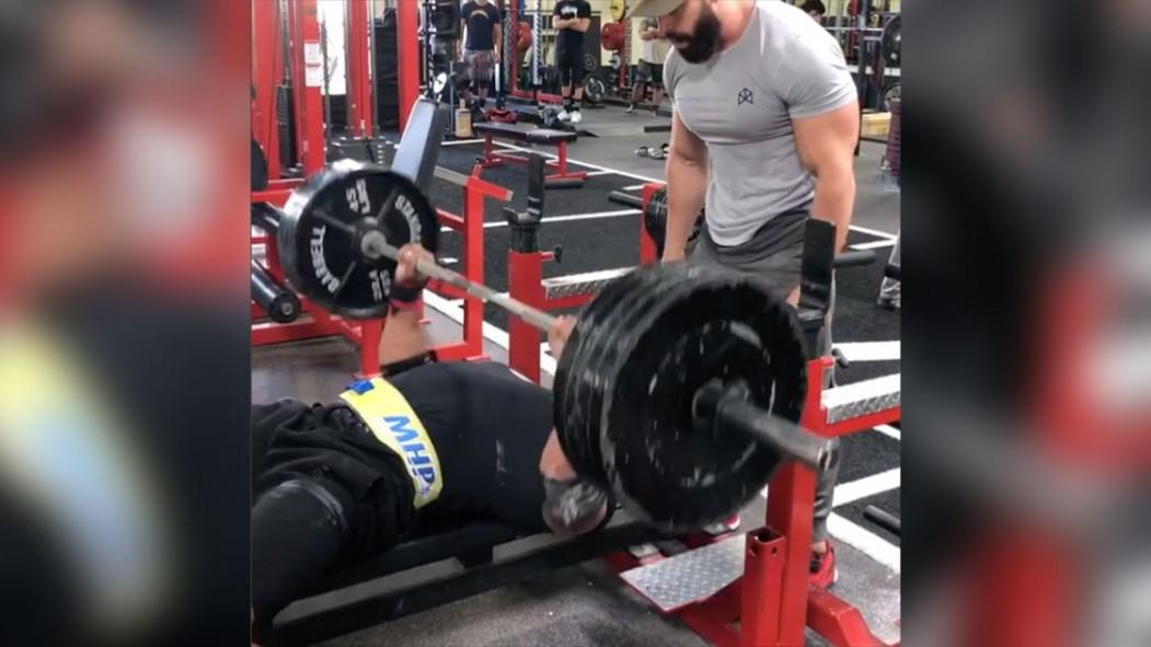 Larry Wheels benching 405 pounds 25 times thumbnail