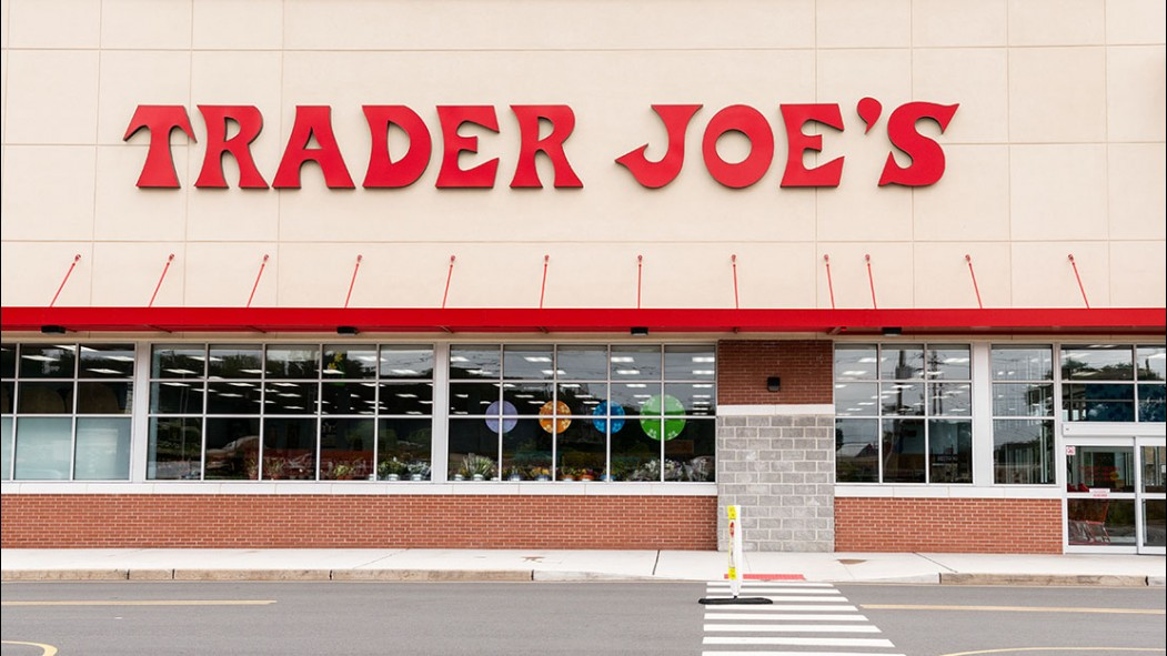 A photo of the front of a Trader Joe's. thumbnail