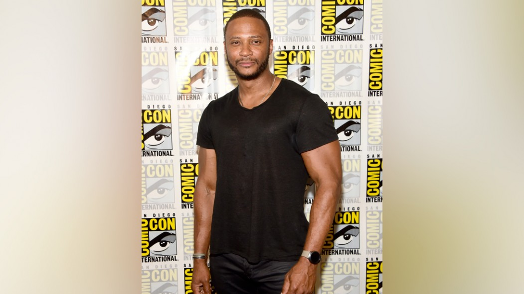 David Ramsey Talks John Diggle, On-Set Stunts, and Season 8 of 'Arrow' thumbnail