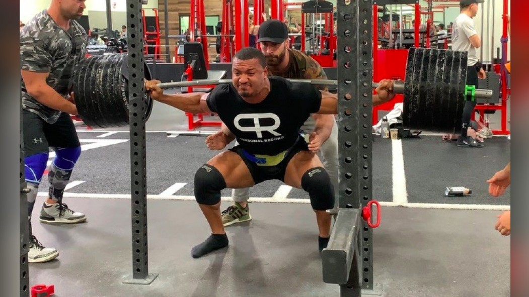 Larry Wheels Takes Pyramid Training to a New Level | Muscle & Fitness