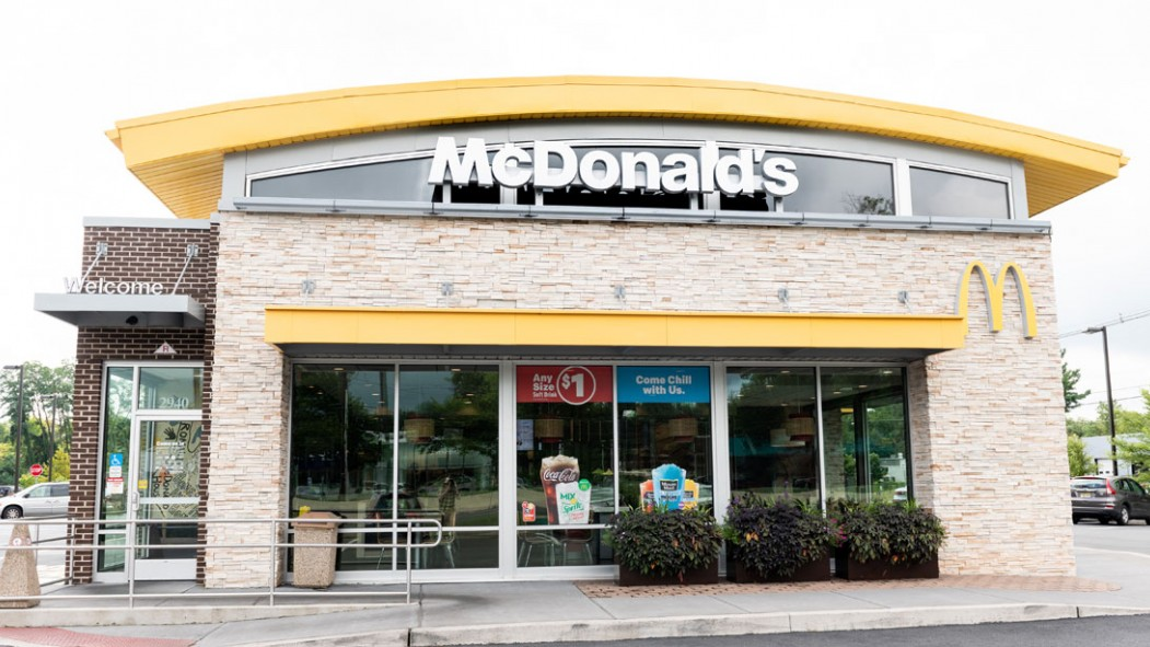 Man Loses Weight Despite Only Eating McDonald's For One Month thumbnail
