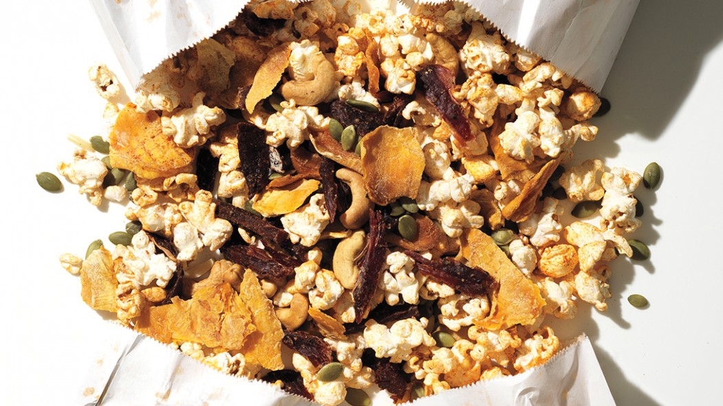 6 Healthy Snacks to Keep You Satisfied Between Meals thumbnail