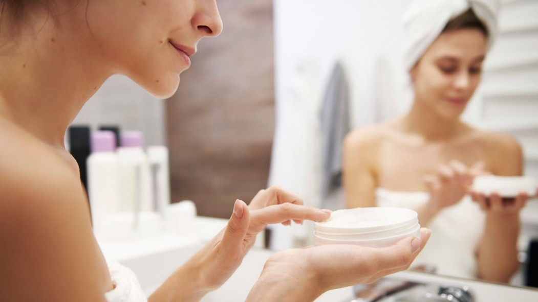 6 Anti-Aging Skincare Products to Turn Back the Clock thumbnail