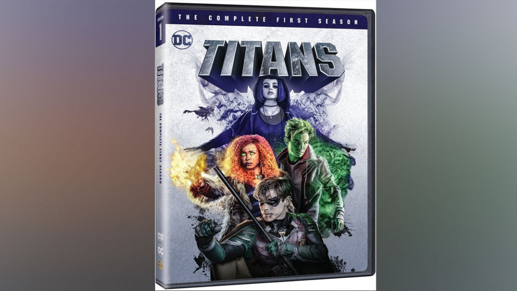 Titans: The Complete First Season   thumbnail