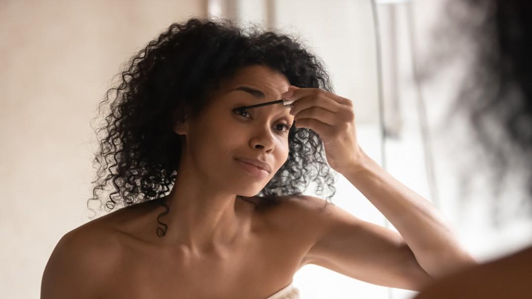 Woman Doing Her Makeup  thumbnail
