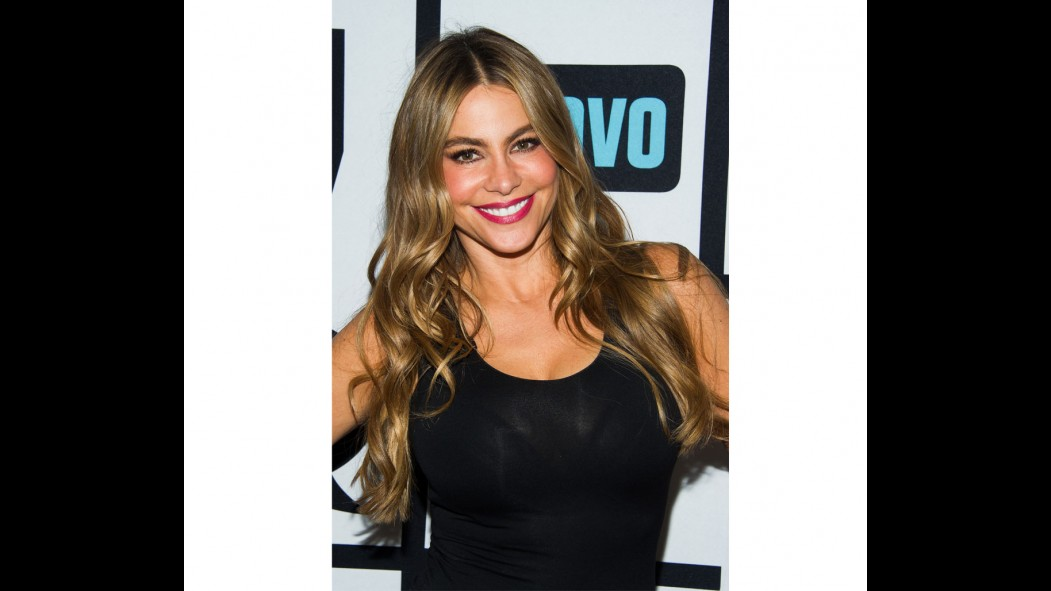 What Sofia Vergara Wants in a Man—and a Workout thumbnail