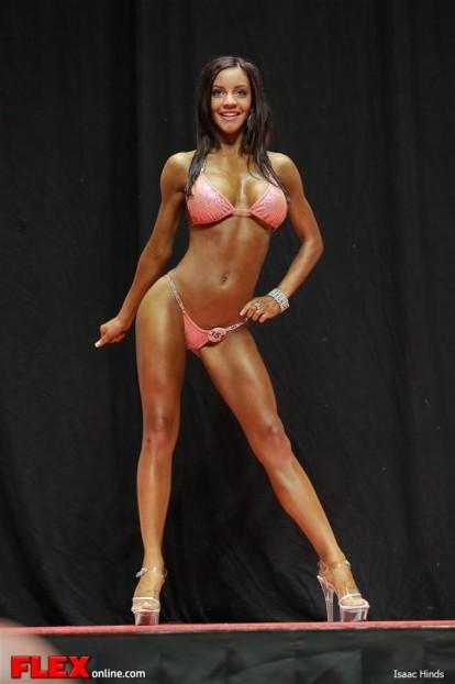 Shelby Oostveen