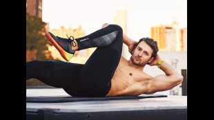 The triple-threat workout to attack your abs from every angle thumbnail