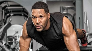 Michael Strahan's Conditioning Workout thumbnail