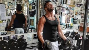 Pro wrestler Robie E. training in gym thumbnail