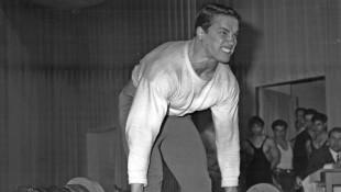 young-arnold-lift-retro thumbnail