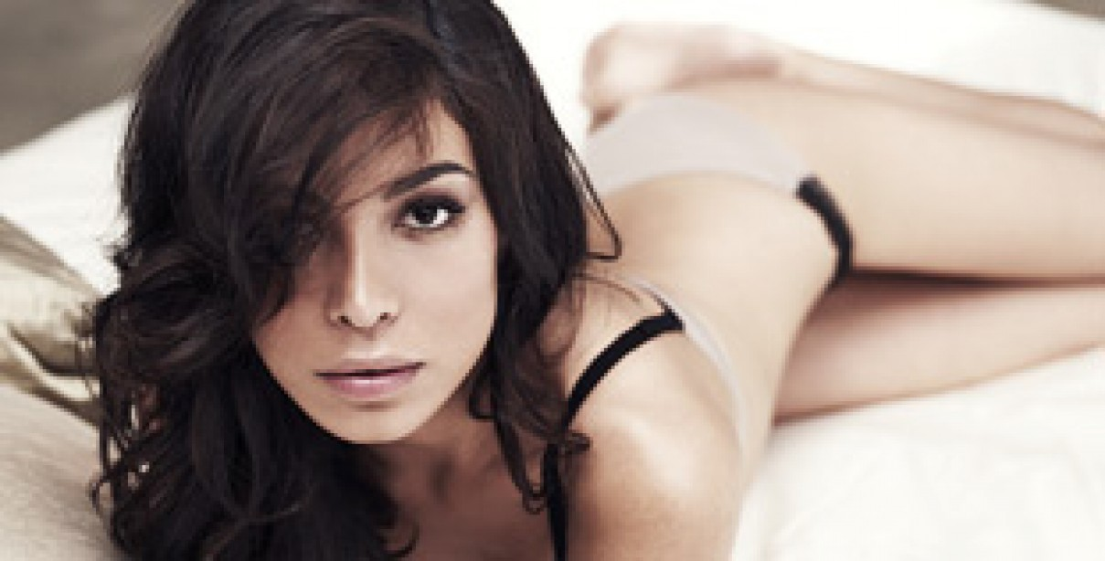 A Crash Course in Dating Moran Atias