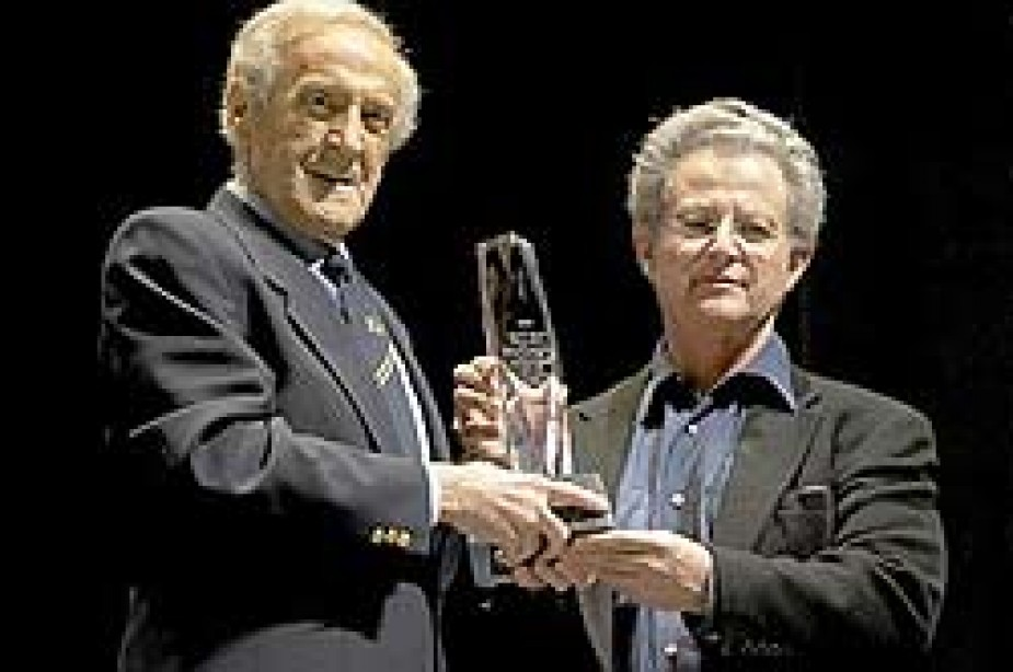 Ben Weider Receives Lifetime Achievement Award