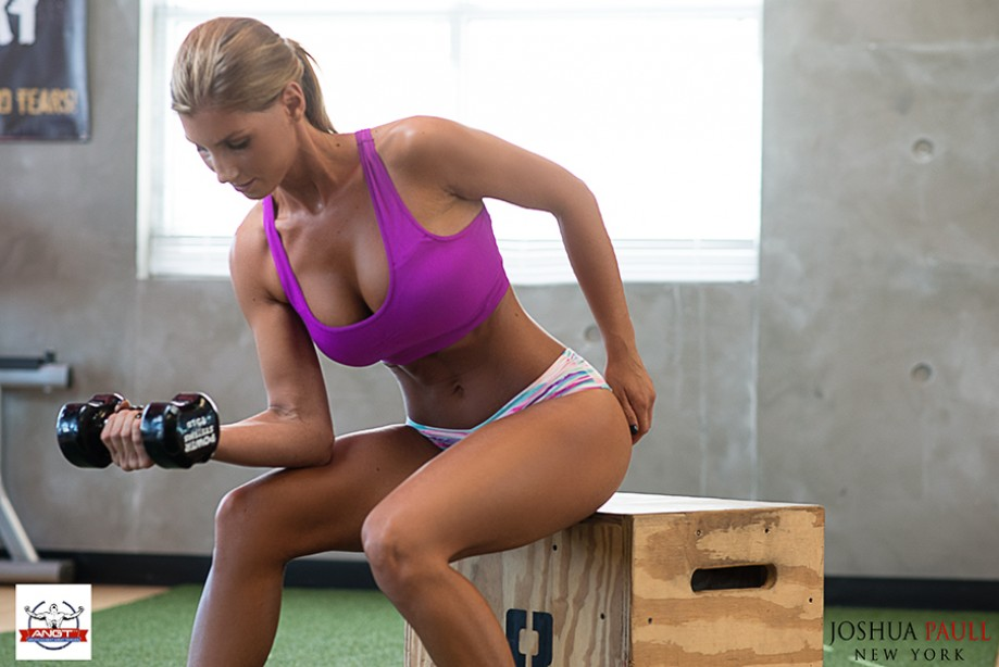 Pictures sexy college girls in the gym picture