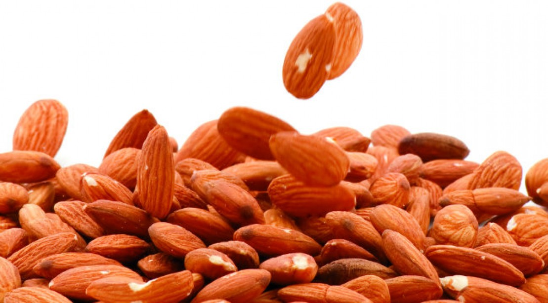 Snack Spotlight: Almonds for Lean Muscle